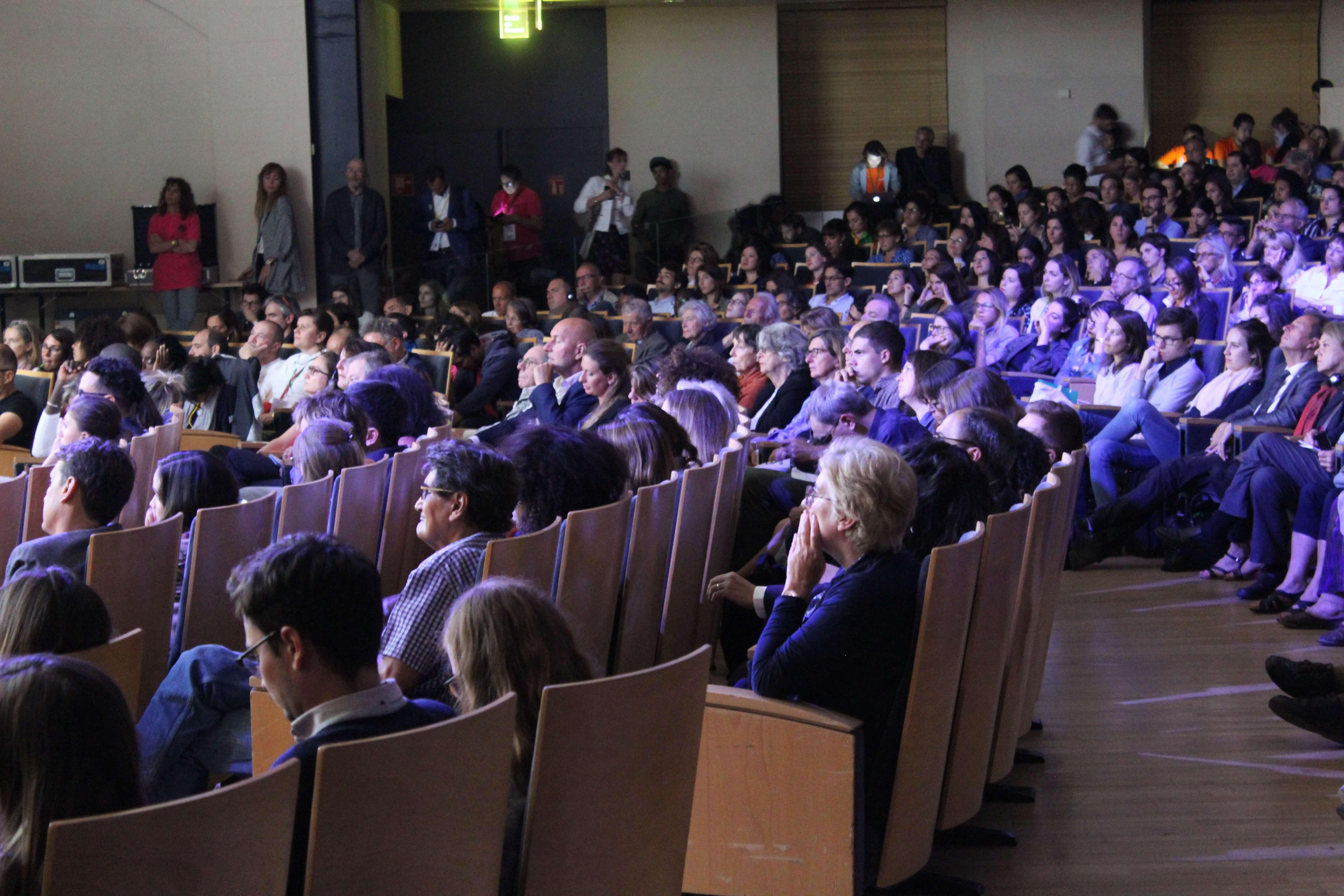 Un public attentif au Palais Brongniart